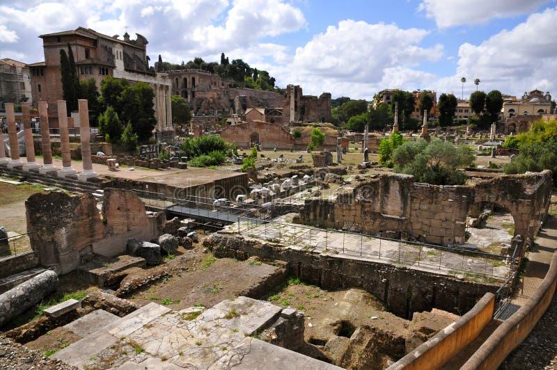 Foro romano foto de archivo libre de regalías