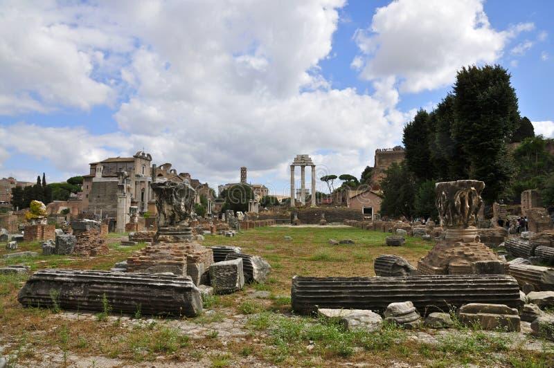 Foro romano imagen de archivo libre de regalías