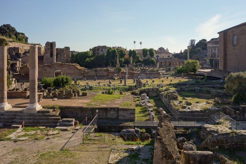 Foro romano en Roma fotografía de archivo