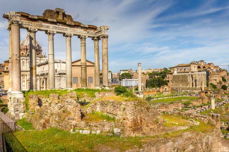 Foro romano en Roma fotos de archivo