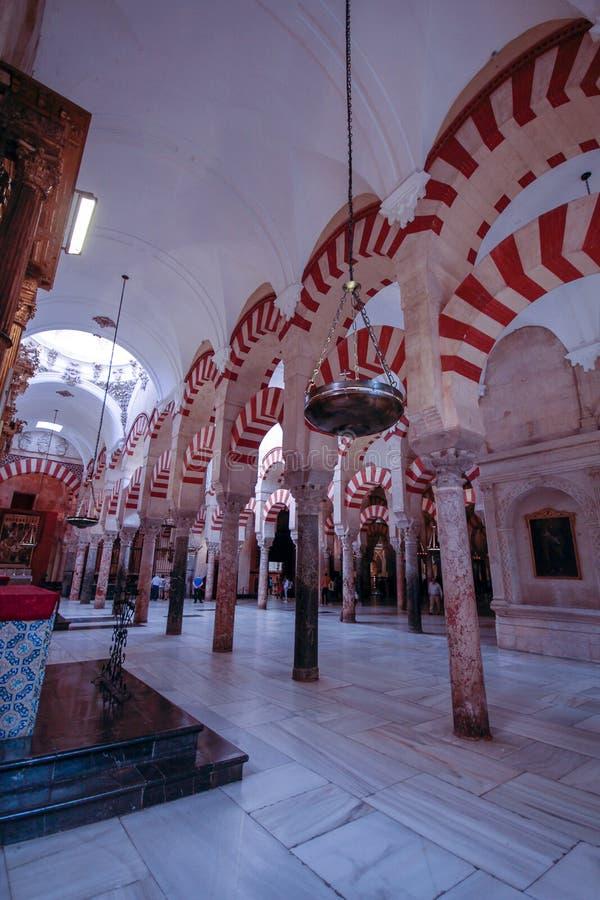 Forrest filary w wielkim meczecie w cordobie, Hiszpania fotografia royalty free