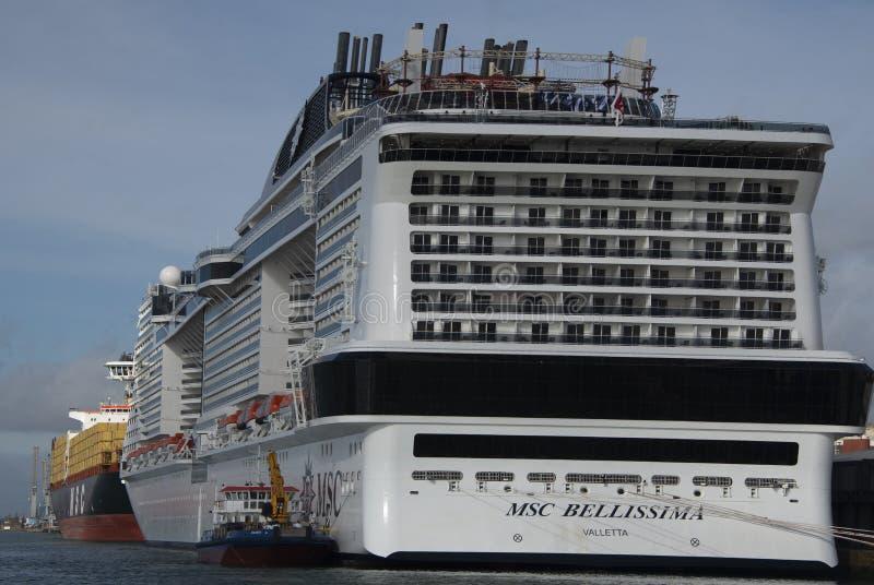 Forro do cruzeiro de Bellissima em Southampton no dia de nomeação imagem de stock