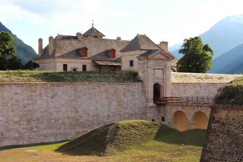 Fort av Mont-Dauphinen, Hautes Alpes, Frankrike royaltyfri fotografi