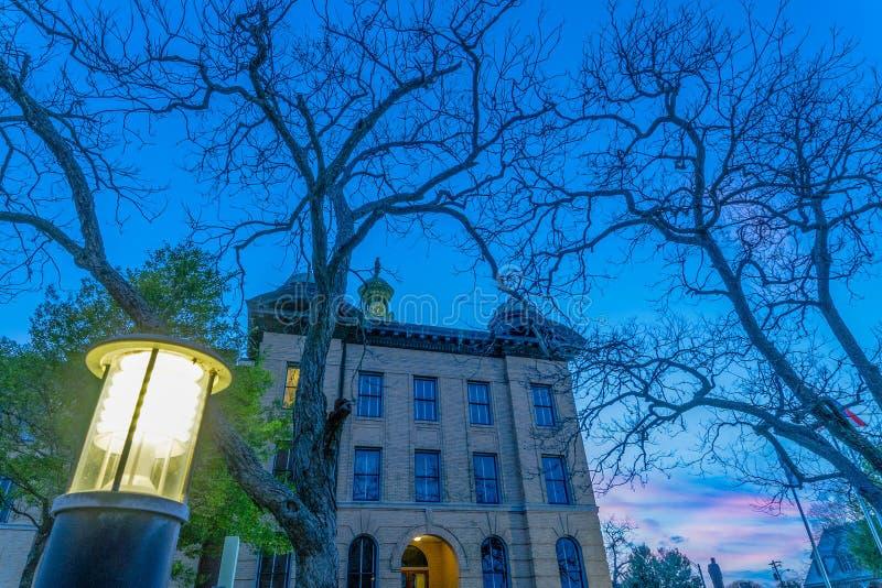 Fort Bend县法院大楼晚冬 免版税库存照片