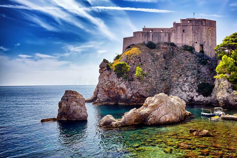 Fort de panorama de St Lawrence, fort Lovrjenac dans Dubrovnik images stock