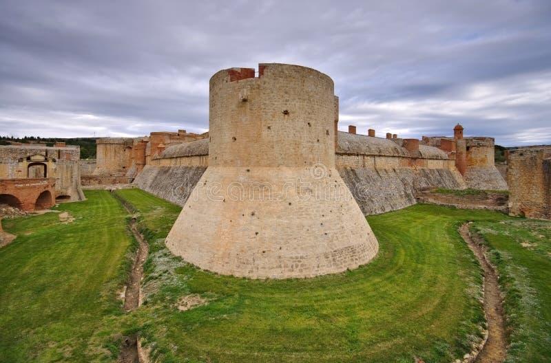 Fort de Salses in Frankreich lizenzfreies stockbild