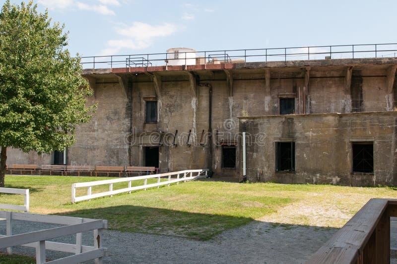 FORT DELAWARE, DELAWARE miasto, DE - SIERPIEŃ 1: Fortu Delaware stanu park, Historyczny Zrzeszeniowy Cywilnej wojny forteca który obrazy royalty free