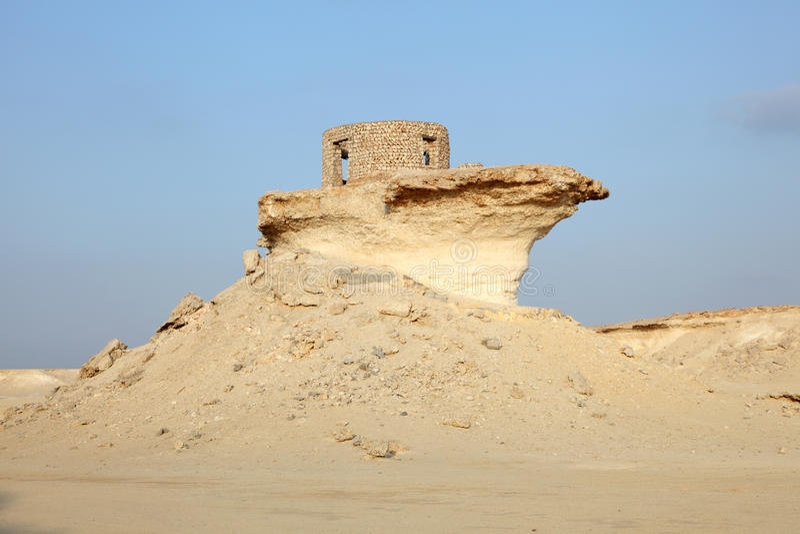Fort in der Wüste von Katar stockbild