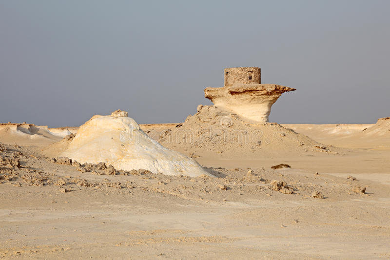 Fort in der Wüste von Katar stockbilder
