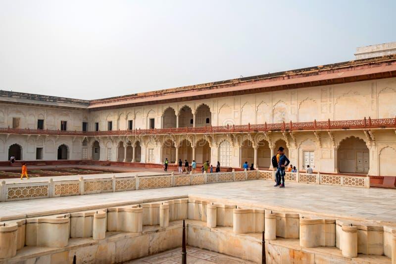 FORT, ÂGRÂ, INDE - NOVEMBRE 2017 : Pavillon d'or dans le fort d'Âgrâ image libre de droits
