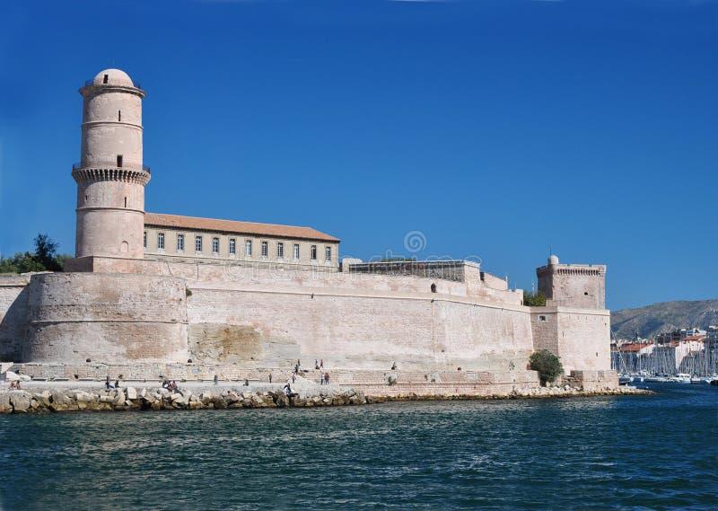 Fort Johannes im Hafen von Marseille, Frankreich: mittelalterliche Festung zu Ehren Johannes von Jerusalem, errichtet im 15. Jahr lizenzfreies stockbild