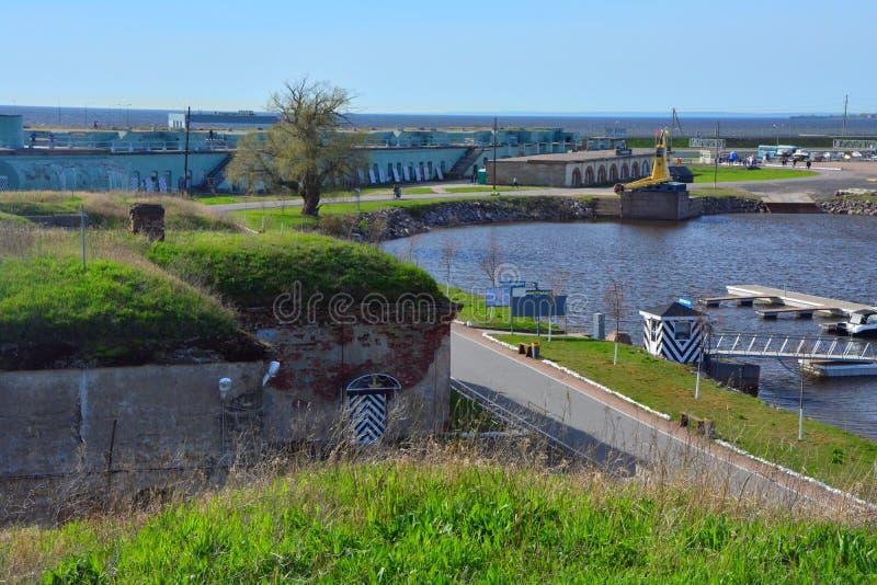 Fort Konstantin in de Golf van Finland dichtbij Kronstadt, St. Petersburg, Rusland royalty-vrije stock fotografie