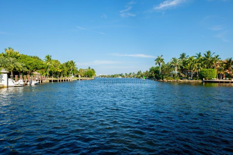 Fort Lauderdale-Wasserstraße lizenzfreie stockfotos