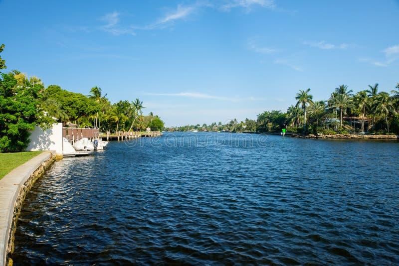 Fort Lauderdale-Wasserstraße lizenzfreies stockbild