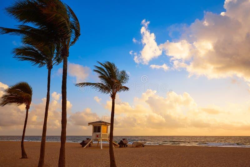 Fort Lauderdalestrandsoluppgång Florida USA arkivfoton