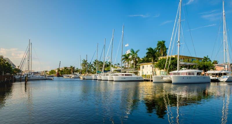 Fort Lauderdalevattenväg royaltyfria foton