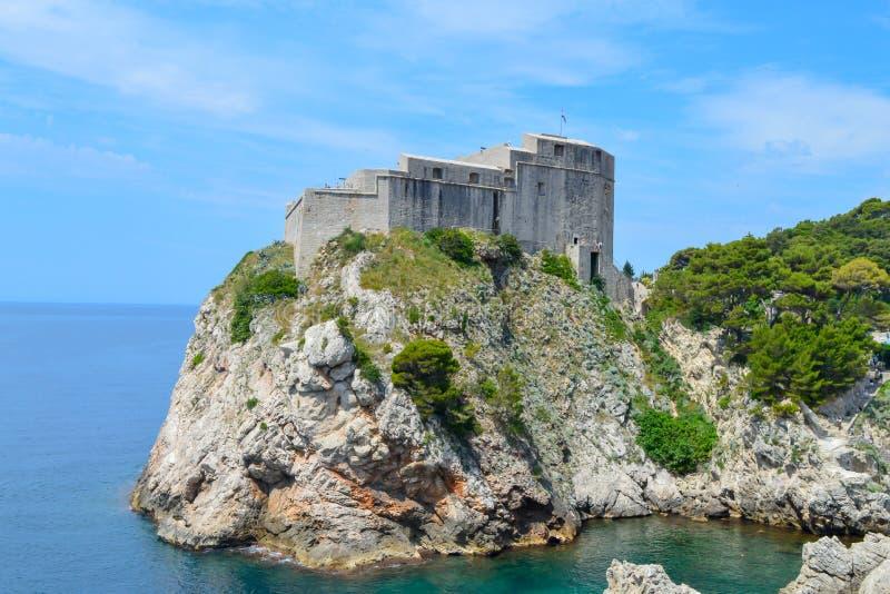 Fort Lovrijenac of St Lawrence Fortress, vaak genoemd 'Gibraltar van Dubrovnik 'in Dubrovnik op Juni stock foto