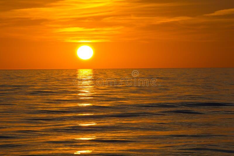 Fort Myers Beach, solnedgång royaltyfria foton