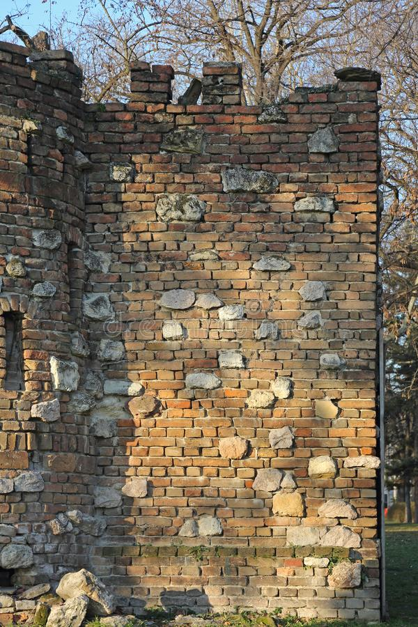 Fort ruiniert Wand lizenzfreie stockfotografie