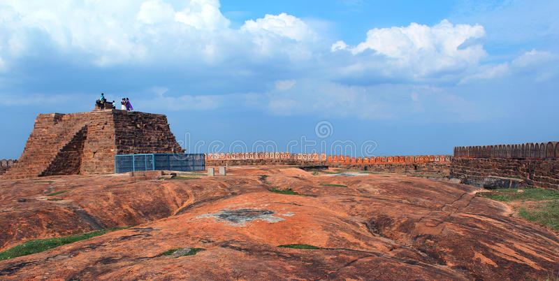 The fort with sky. Fort Tirumayam, tamilnadu, india - Sethupathi Vijaya Raghunatha Tevan [1673-1708] of Ramanathapuram, popularly known as Kilavan Sethupathi royalty free stock photos