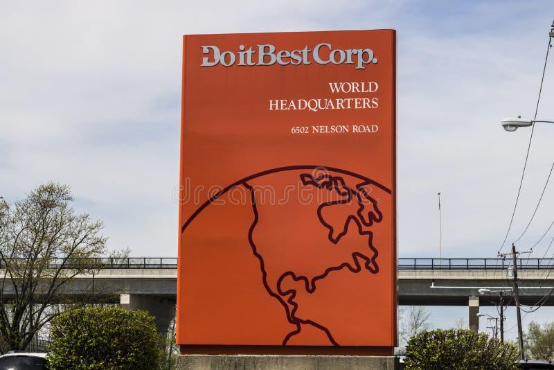 Fort Wayne - около апрель 2017: Сделайте его самые лучшие штабы мира Сделайте его самое лучшее имеемый членом кооператив оборудов стоковое фото
