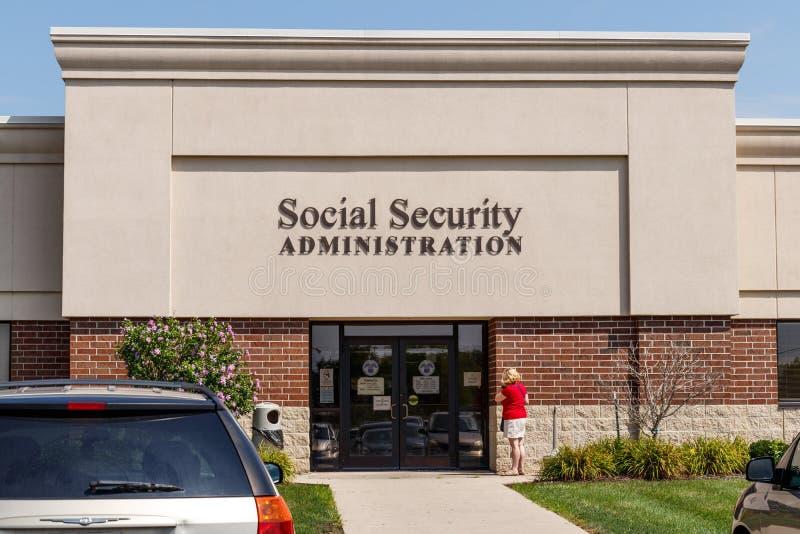 Fort Wayne - Circa Augusti 2018: Lokal filial av socialförsäkringadministrationen Ssaen administrerar avgång I arkivfoto