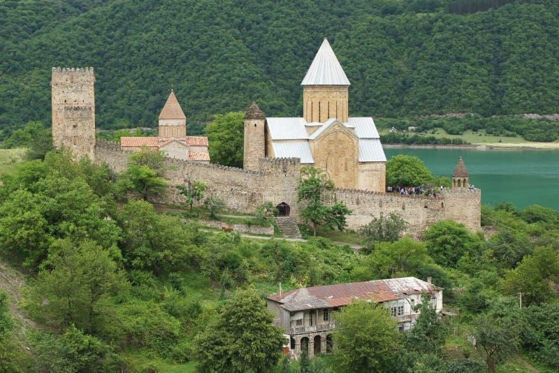 Fortaleza Ananuri, camino militar georgiano, Georgia, Europa foto de archivo libre de regalías