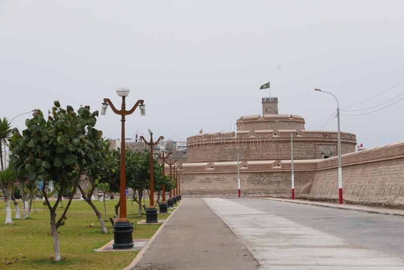 Fortaleza antigua de Felipe real en Callao, Perú imagenes de archivo