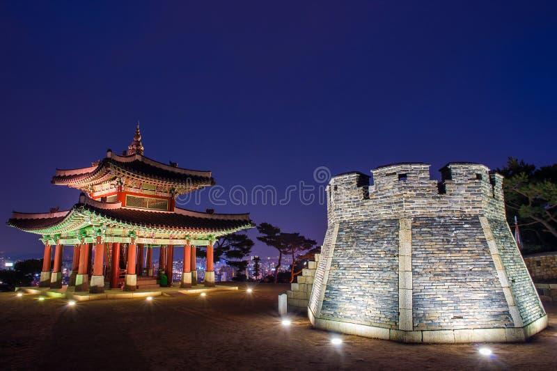 Fortaleza de Hwaseong en Suwon foto de archivo libre de regalías
