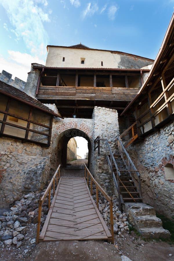 Fortaleza de Rasnov em Romania imagens de stock royalty free