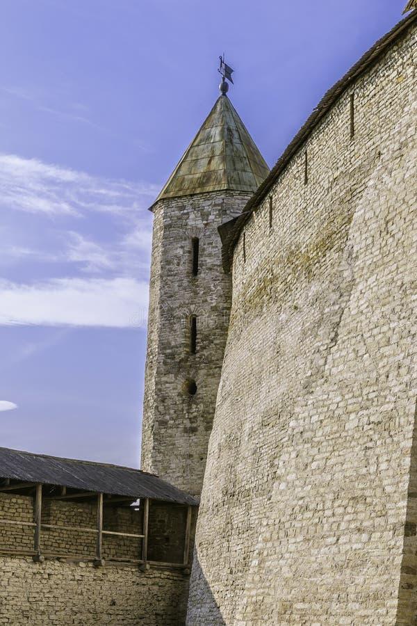 Fortaleza de Rusia antigua en Pskov foto de archivo