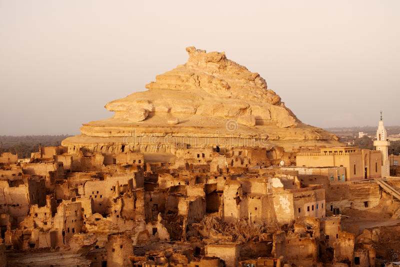 Fortaleza de Shali (Schali) a cidade velha de Siwa imagens de stock