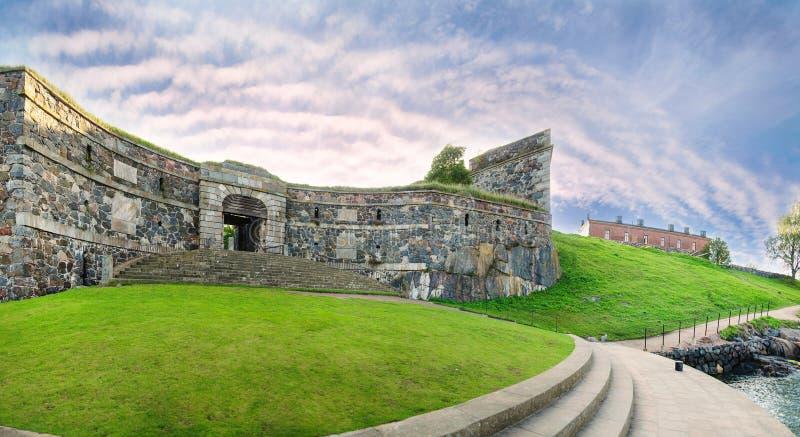 Fortaleza de Suomenlinna em Helsínquia, Finlandia imagem de stock