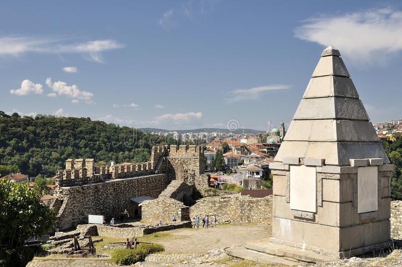 Fortaleza de Tsarevets em Veliko Tarnovo, Bulgária imagem de stock