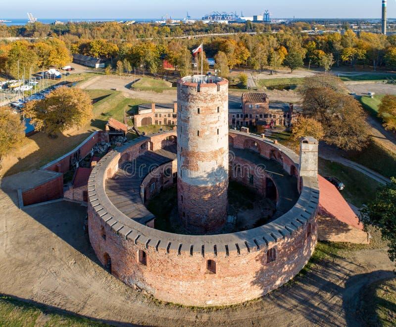 Fortaleza de Wisloujscie e porto do Norther em Gdansk, Polônia foto de stock