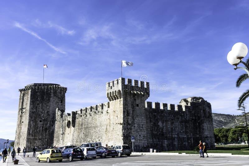 Fortaleza Kamerlengo en la ciudad histórica de Trogir, Croacia imagen de archivo libre de regalías
