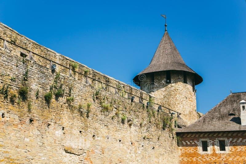 Fortaleza medieval na cidade Ucrânia ocidental de Khotyn Parte do w imagem de stock royalty free