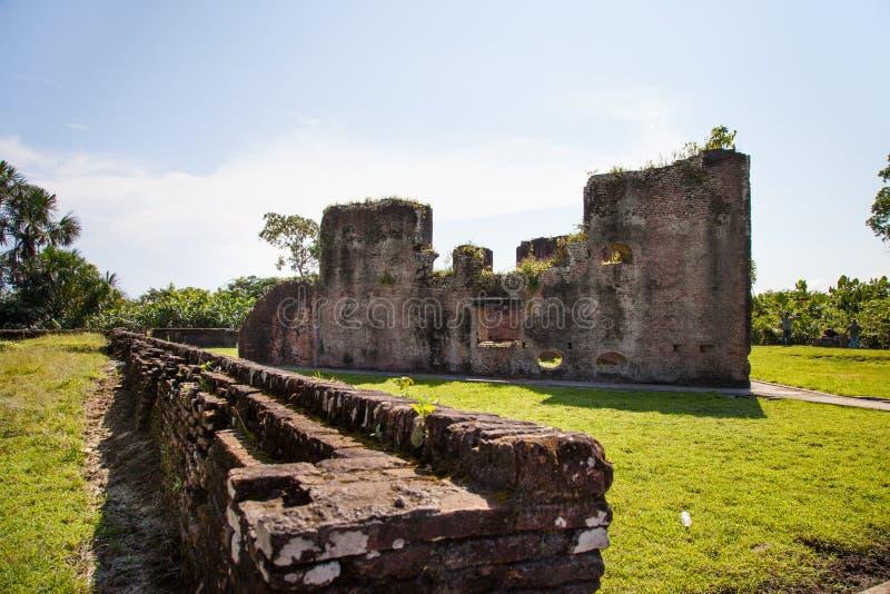 Fortaleza Paredes de tijolo de Fort Zeelandia, Guiana foto de stock