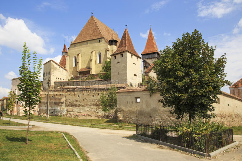 A fortaleza saxão idoso da igreja fortificada fotos de stock royalty free