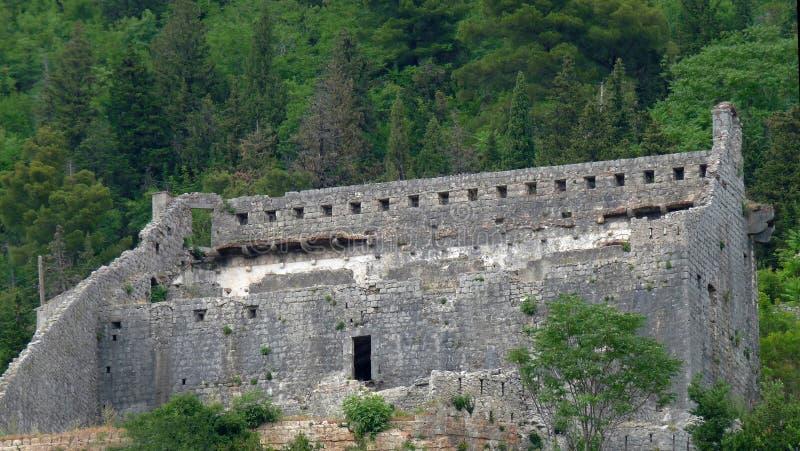 Fortaleza transversal santamente, Perast, Montenegro fotografia de stock royalty free