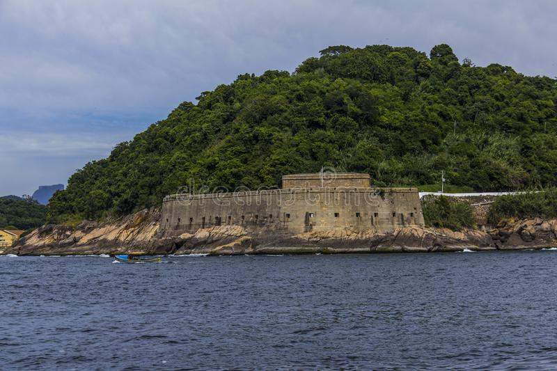 Fortaleza vieja Fortaleza de Santa Cruz, Rio de Janeiro, el Brasil fotografía de archivo