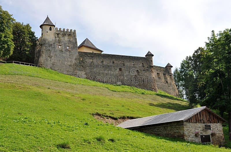 Fortaleza y castillo Stara Lubovna, Eslovaquia, Europa foto de archivo