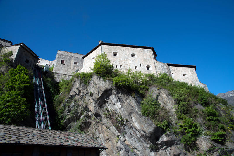Fortbard, Aosta-Vallei, Italië stock foto's