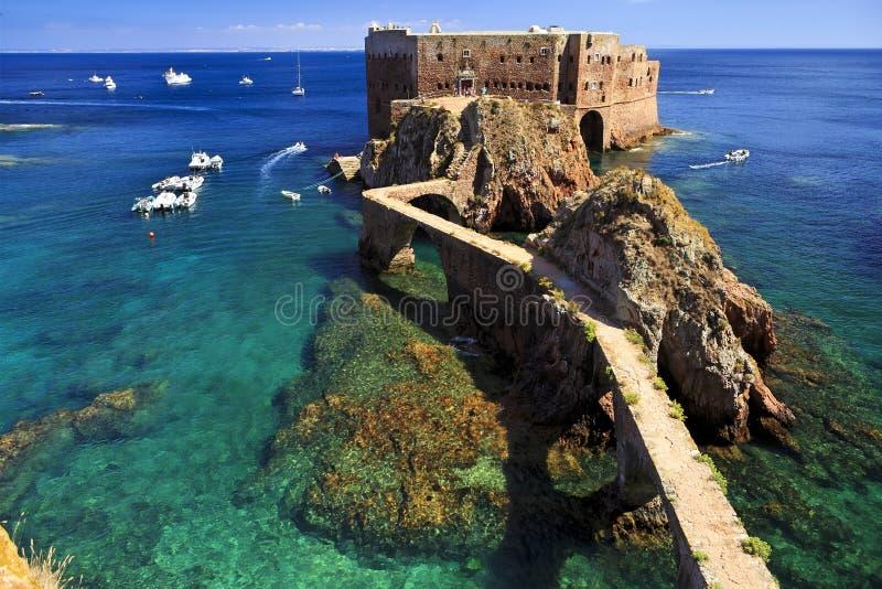 Forte de St John o batista na ilha de Berlenga, Portugal foto de stock