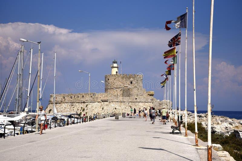 Forte de St Nikolas no porto de Mandraki na ilha do Rodes imagens de stock royalty free