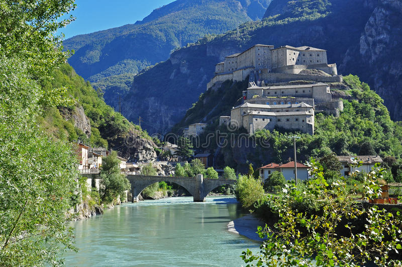 forte di Bard, Aosta谷 库存照片