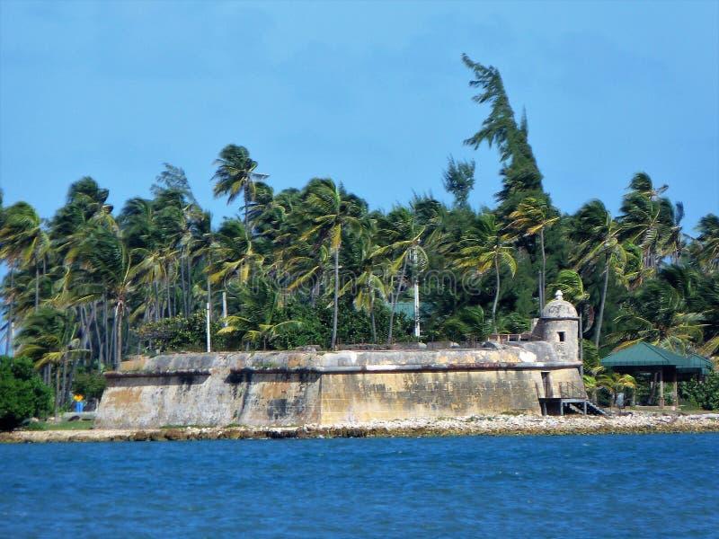 Forte espanhol velho em Isla de Cabras em Cataño Porto Rico foto de stock royalty free