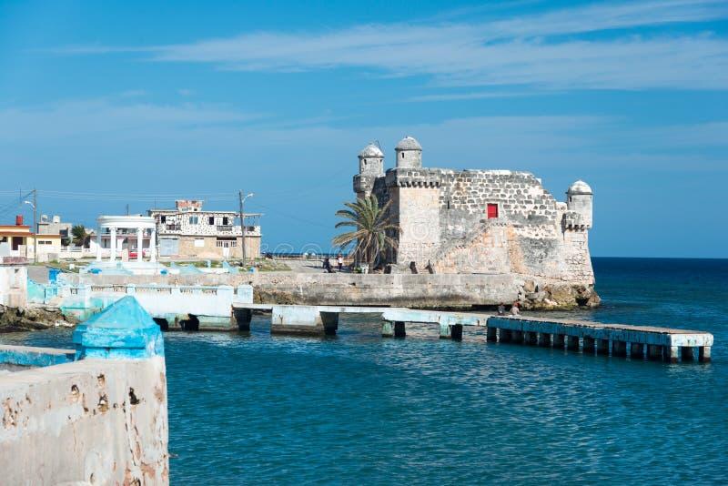 Forte espanhol velho na cidade de Cojimar em Cuba foto de stock royalty free