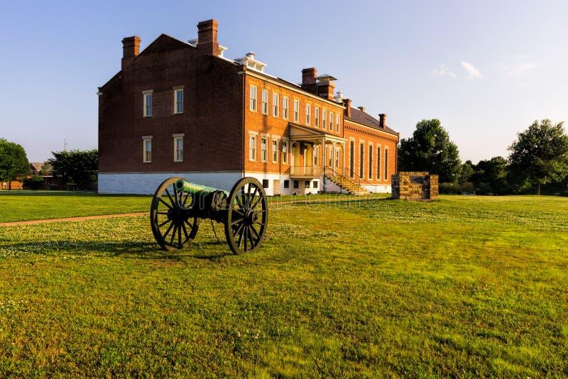 Forte Smith National Historic Site com Canon imagem de stock royalty free