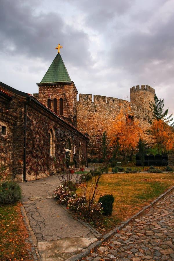 Forteresse de Kalemegdan avec l'église de Ruzica, Belgrade, Serbie photo stock